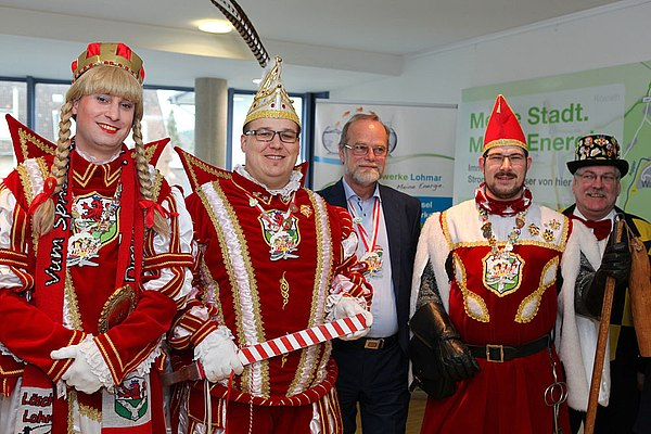 Lohmarer Dreigestirn mit Adjutant und Stadtwerke-Geschäftsführer Michael Hildebrand im Stadthaus