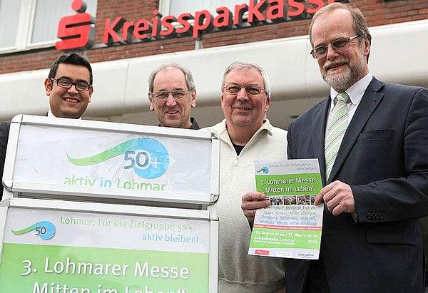 von links: Dimitrios Nicolos Leiter der Kreissparkasse Lohmar; Dieter Decker und Franz König, Hauptinitiatoren der Messe  und Michael Hildebrand, Geschäftsführer der Stadtwerke Lohmar.